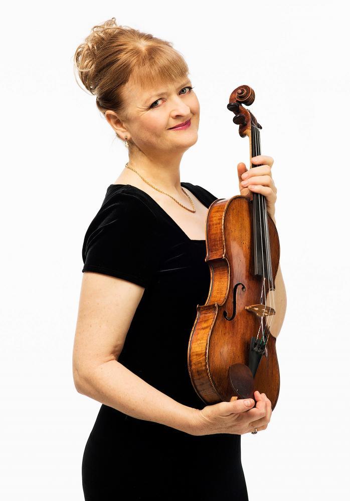 Gillian with viola portrait