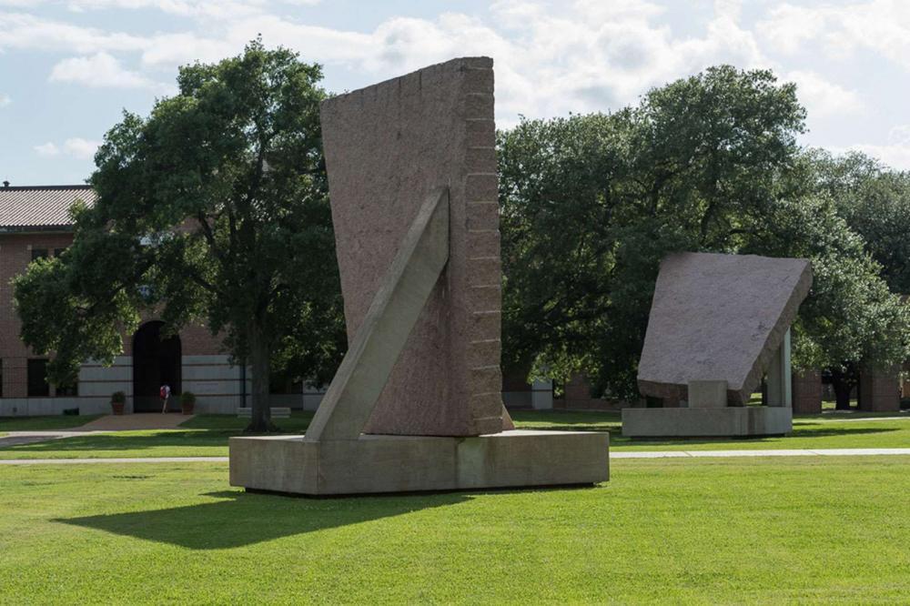 Michael Heizer, 45° 90° 180°, 1984